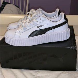 White Puma Sneakers (brand new!)